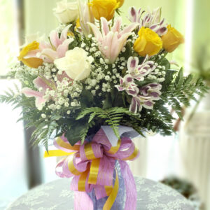 Gift Bouquet in Vase/container